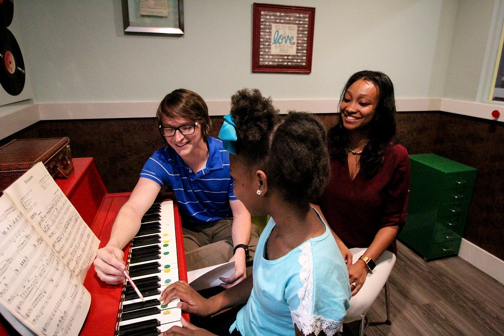 piano lesson wAlan and parent.jpg