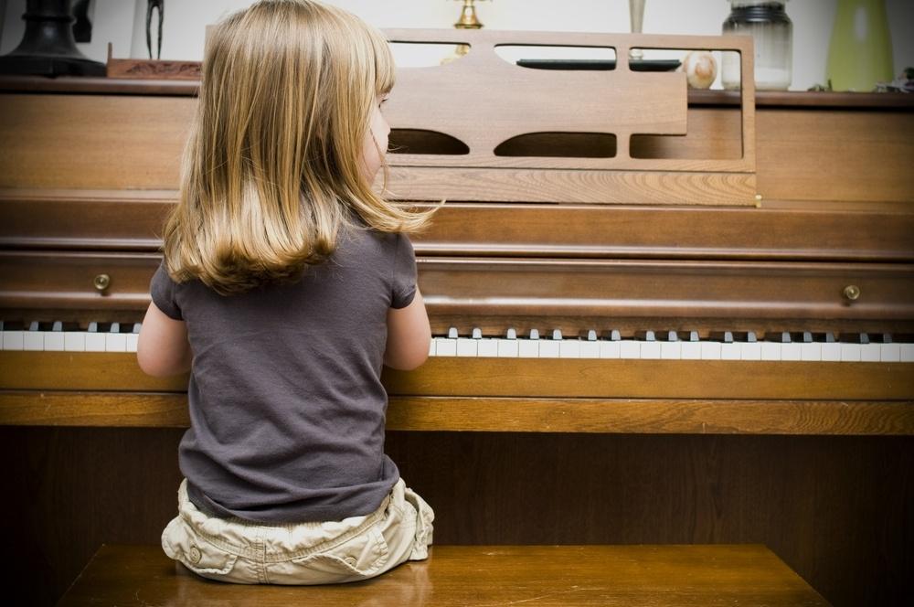girl_piano-1.jpg