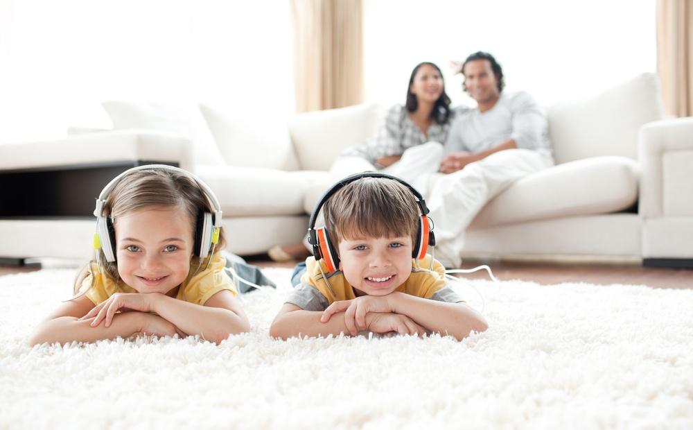 siblings_listen-1.jpg